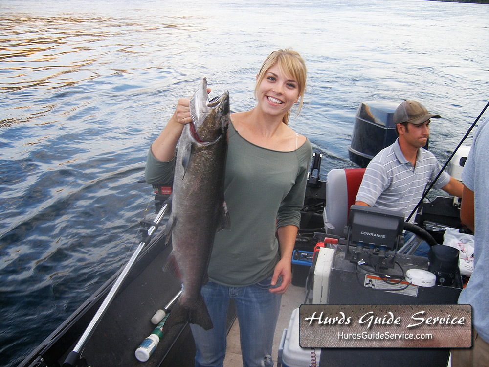 Girls and fish hurds guide service for Columbia river fishing report